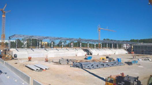 Stahlbau für Tribüne und Leuchtenanlage FC Bayern München
