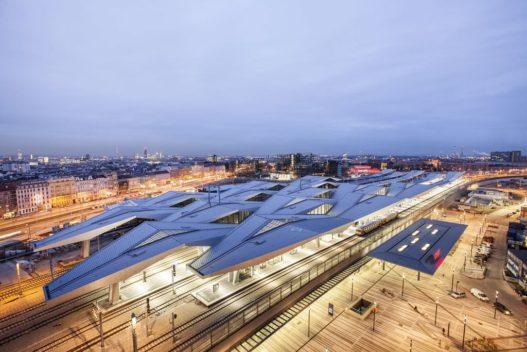 Rautendach des neuen Wiener Hauptbahnhofs